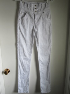 WhiteSkinnyPants