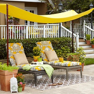 theelmlife_backyardinspiration_loungers