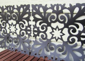 Decorative plastic screens
