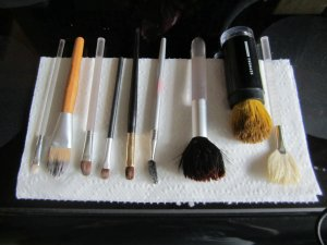 theelmlife_DIY_makeupbrushcleaner5