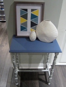 theelmlife_paintedsidetable2